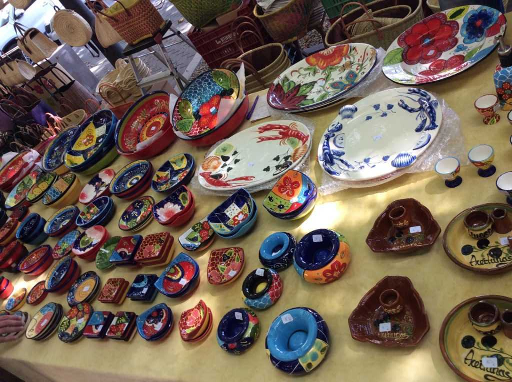Hand painted ceramics from Delrio Salado in Cordoba that caught my eye at the flea market
