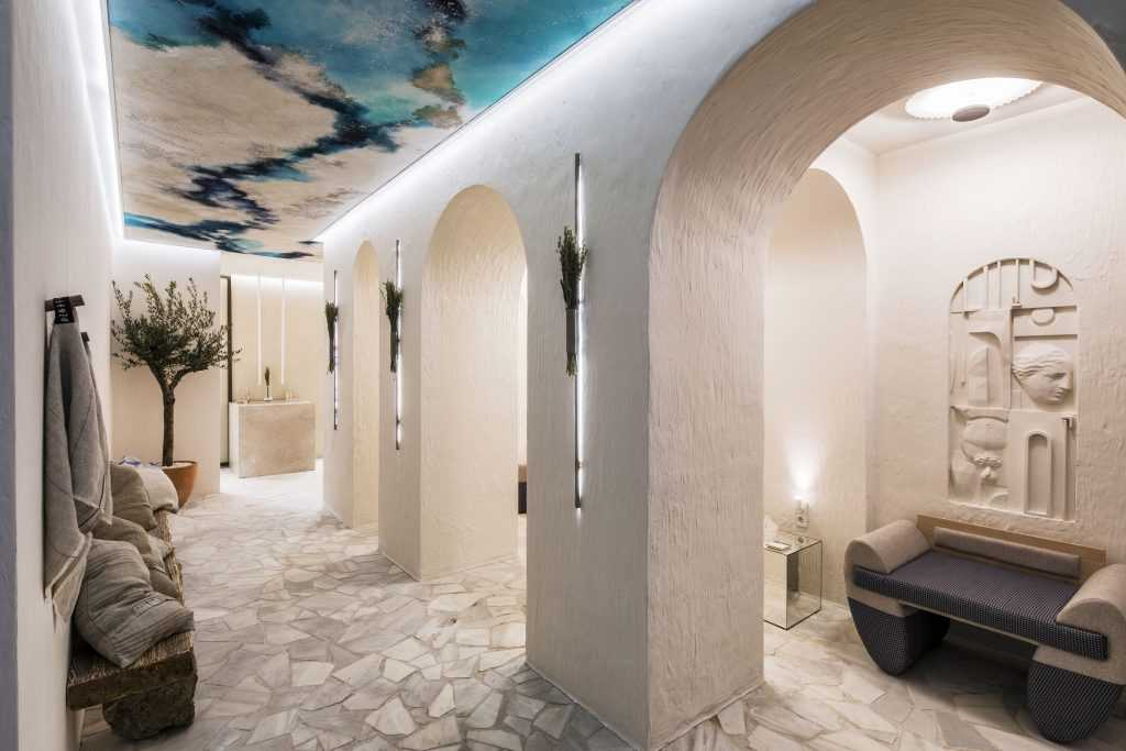 """Mediterranean Vibes', Public bathrooms by Javier-Escobar with Cosentino for Casa Decor 2020"
