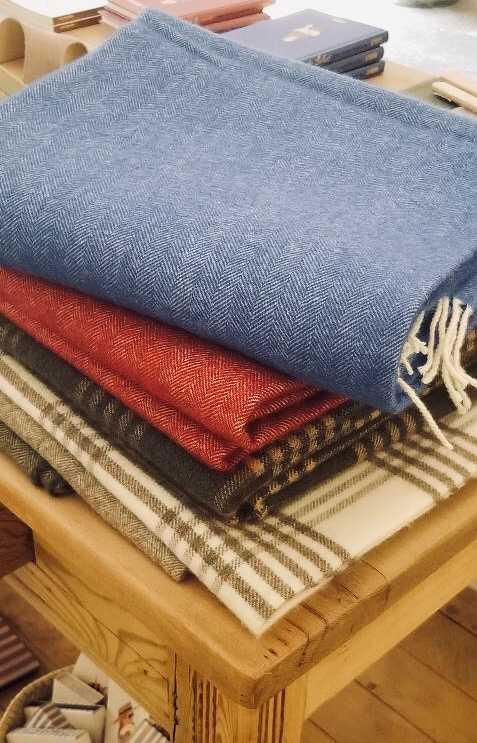 Grazamela blankets in the shop Real Fabrica Espanola