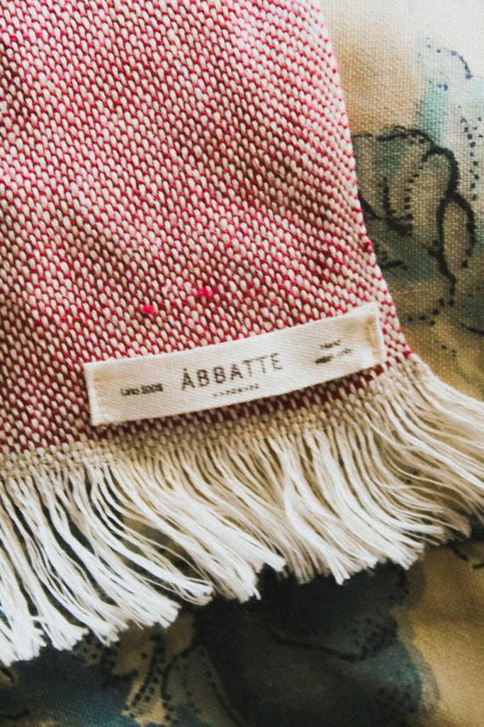 ÁBBATTE White linen ~ Strawberry linen Photography by Ryden M-C (@mcryden)