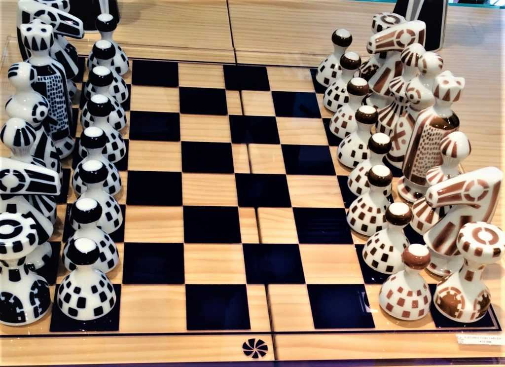 Ceramic chess set at the Sargadelos boutique in Madrid