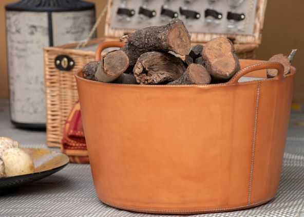 Leather baskets by Sol and Luna