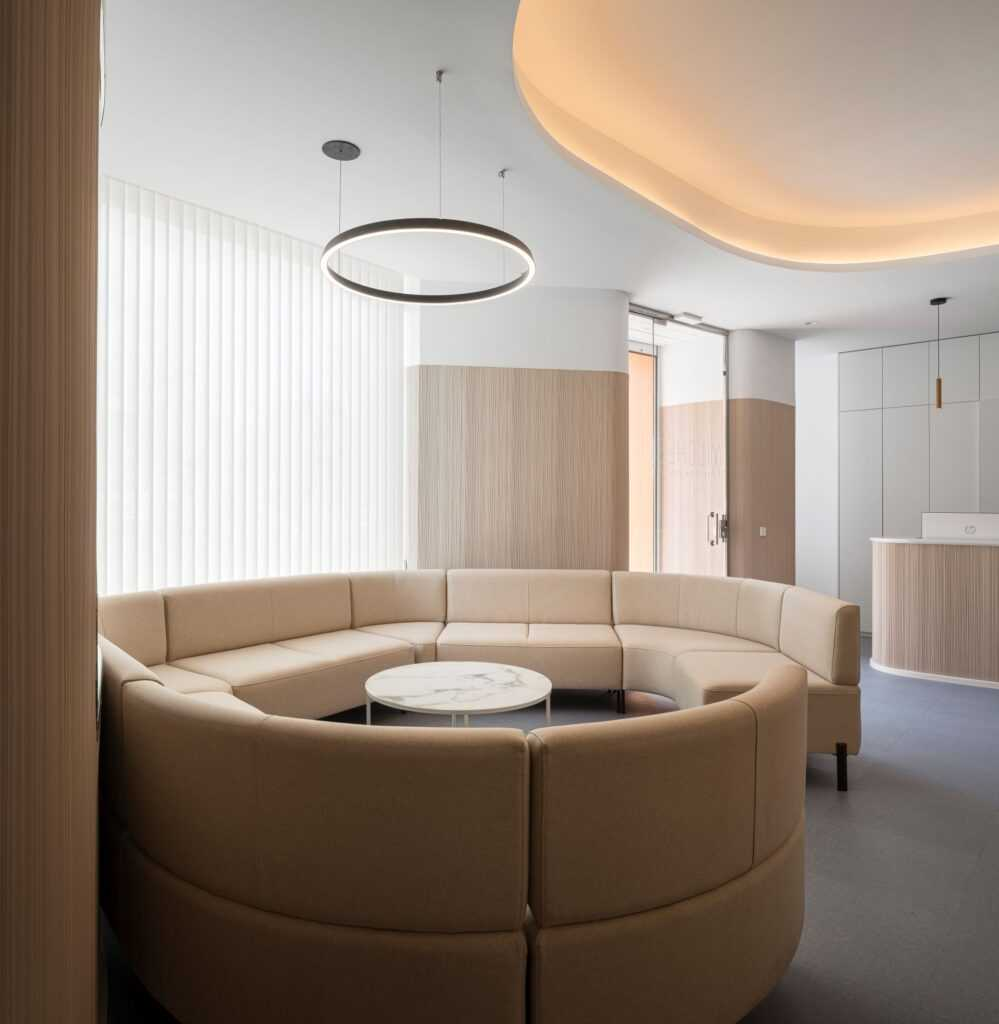 CM4 Architecture Dental Clinic in Seville
